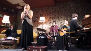 Repeat youtube video Re: Muzika, Kuri Gimė Vakar - Žvaigždutė