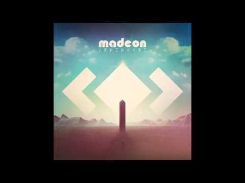 Madeon   04 La Lune feat  Dan Smith
