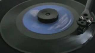 60's Soul ! O'jays - Look Over Your Shoulder
