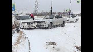 Первый сильный снегопад в Хабаровске обернулся многочисленными ДТП в городе. MestoproTV