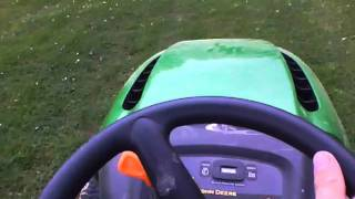 mowing the grass, jhondeere l120