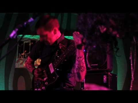 Thee Oh Sees - Crushed Grasi (Live on KEXP)