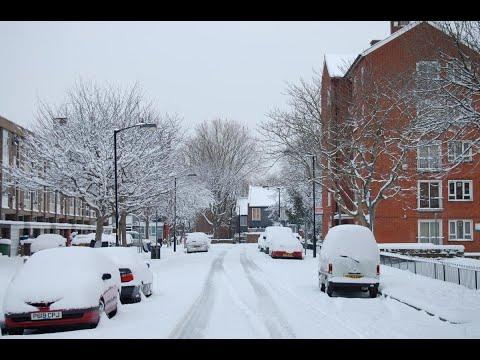 الثلوج تعطل حركة المرور والطيران في أنحاء بريطانيا  - نشر قبل 5 ساعة