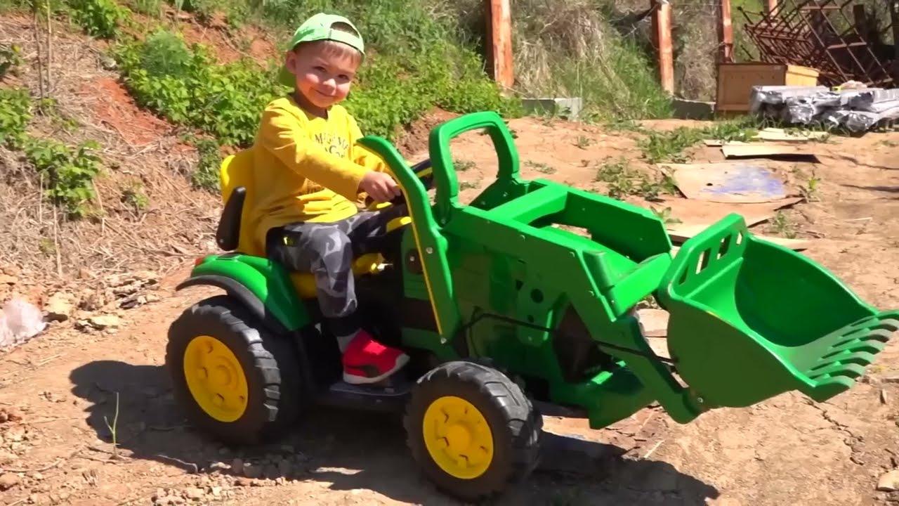 Трактор зламався -Діма допомагае, веселі історії