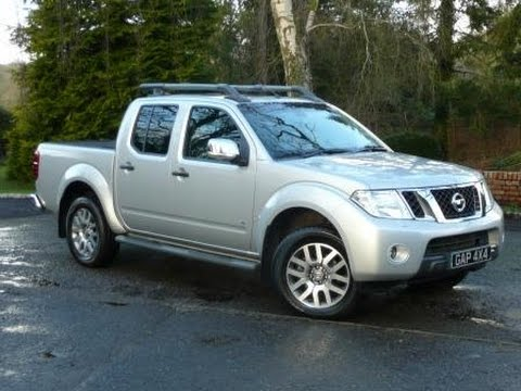 2013 nissan navara outlaw 3 0 v6 dci auto in silver with. Black Bedroom Furniture Sets. Home Design Ideas