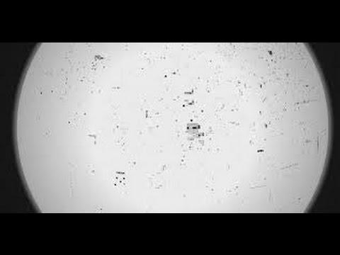 "Ai Weiwei & Olafur Eliasson - Internet-Projekt ""Moon"""