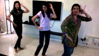 Ladies dance The wedding song 12345