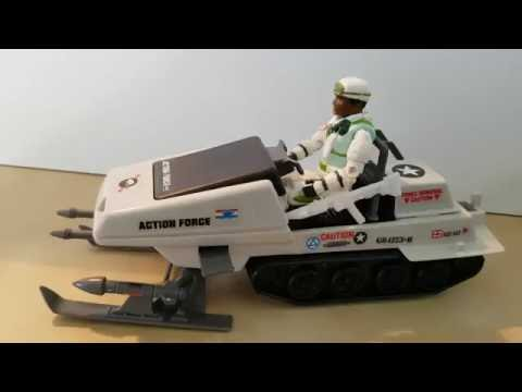 Albert and Jon talks toys: G.I.Joe Polar Battle Bear