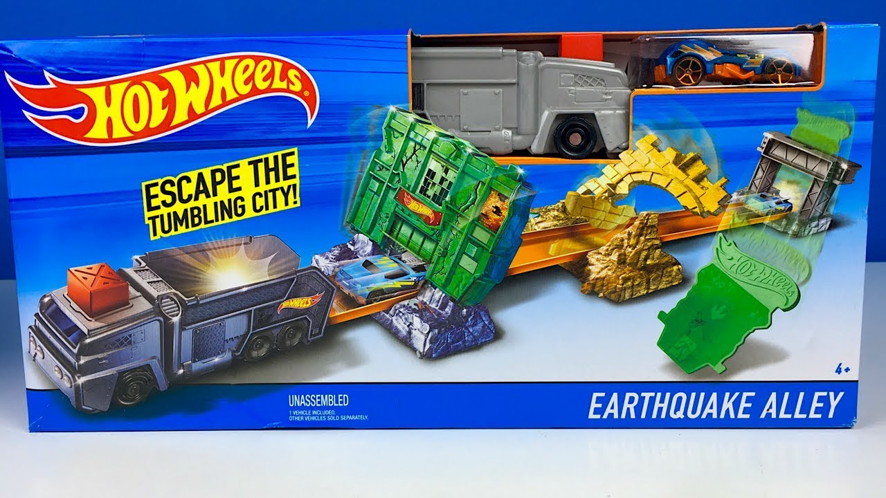 Hot Wheels City Sky-Base Blast With Orange Car HotWheel