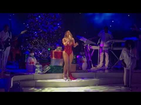 Mariah Carey  Christmas Time Is In The AirO Holy NightEmotions  Beacon Theatre 12716