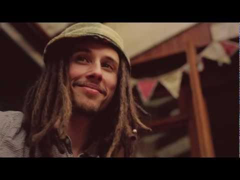 "JP Cooper ""The only reason"""