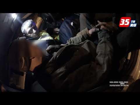 В Череповце полицейские задержали слесаря за угон автомобиля из автосервиса