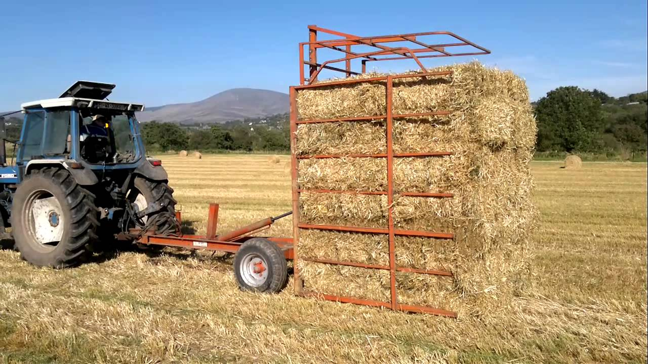 Vintage tractor ( ballymurphy club ) Browns square bale system 12/5/2012  Ireland Co Carlow (part 3) by BMCC1980