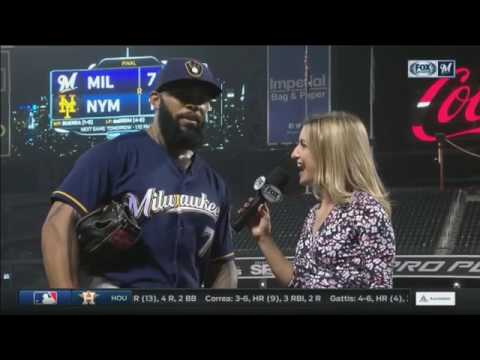 Korean fans greet Brewers slugger Eric Thames in New York