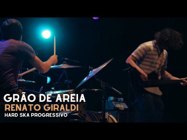 Grão de Areia (Renato Giraldi)