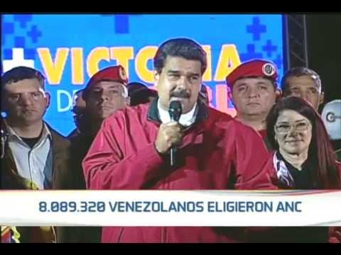 Presidente Maduro celebra resultados de elecciones de Constituyentes desde plaza Bolívar