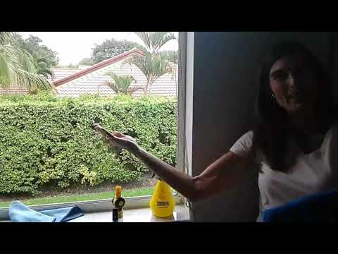 How to clean outside windows with a squeegee