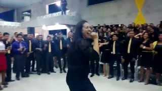 Cantora Lucely Uchôa Soldado Valente na assembleia de Deus em Breu Branco Pará