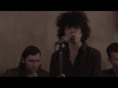 LP - Strange (Live Session)