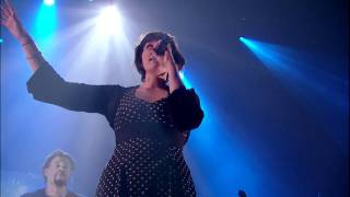 11 - WAX TAILOR feat Charlotte Savary & Mattic - Fireflies (Live Paris, Olympia 2010)