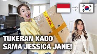 Download UNBOXING KADO DARI JESSICA JANE! ADUH GEDE BANGET PAKET NYA!