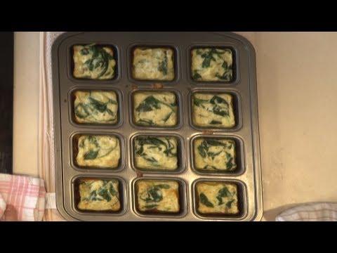 Crustless quiche cooking demonstration