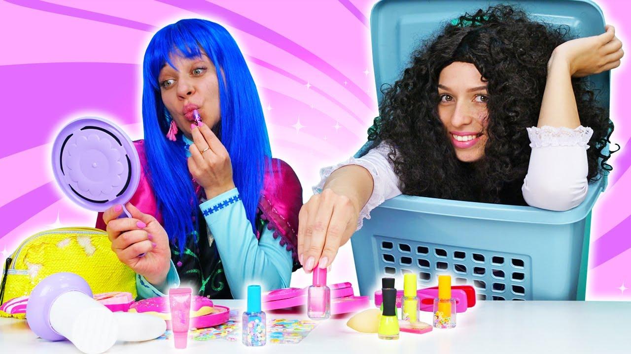 Komik videolar. Prensesler ve makyaj malzemeleri! Kızlar için eğlenceli oyunlar