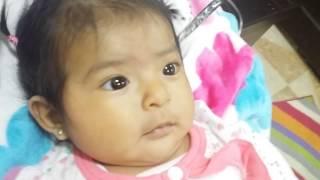 Bebe de tres meses enojandose bonito