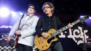Watch Cheap Trick Rock n Roll Tonight video