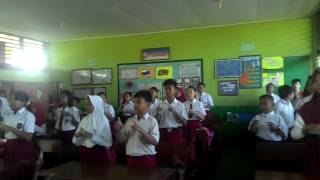 Ice breaking in the class