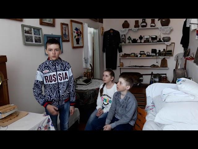 Изображение предпросмотра прочтения – СтаниславГолинских читает произведение «Притча о матери» (Русский фольклор )