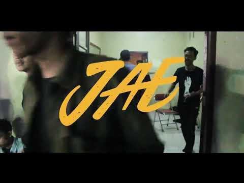 J.A.E - Awal Kulihat feat Ardhiles TLS Poppunk [Live At Tamansari Yogyakarta]