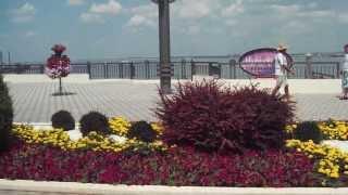 Набережная Анапы 2013 с коментариями(Центральная набережная в Анапе, июль 2013 с коментариями., 2013-07-25T05:48:29.000Z)