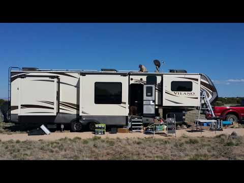 "Installing Tom's ""Big Solar Boondocking"" System!"