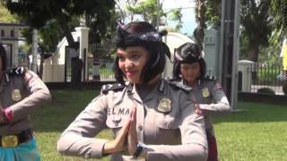 Video GEMU FA MI RE POLRES KUNINGAN POLDA JABAR download MP3, 3GP, MP4, WEBM, AVI, FLV November 2017