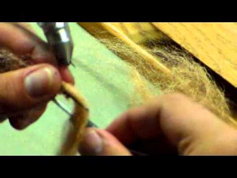 Ruben Torres Baitfish sculpting fibre Tuesday night fly tying