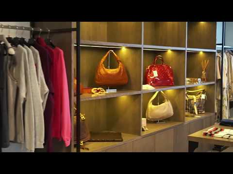 Luxury Shopper Showroom Dubai