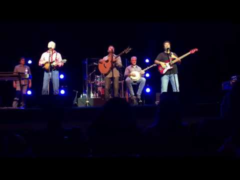 Diamond Rio performing an awesome medley of 70's Rock in bluegrass style!