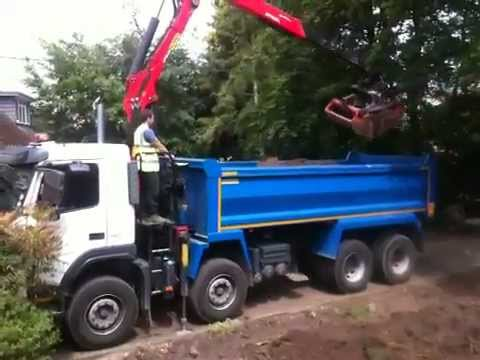 Volvo Grab Tipper FM13 480 - YouTube