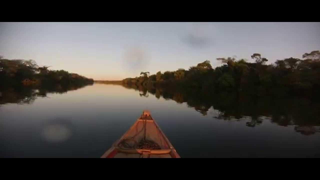 Resultado de imagem para imagem de barco em rio