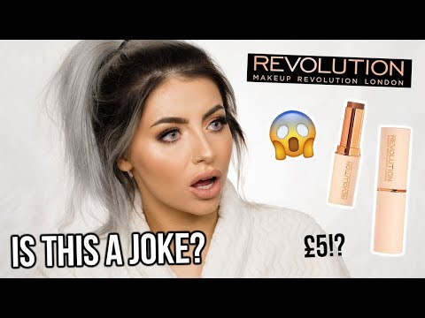 TESTING MAKEUP REVOLUTION FAST BASE FOUNDATION! FIRST IMPRES