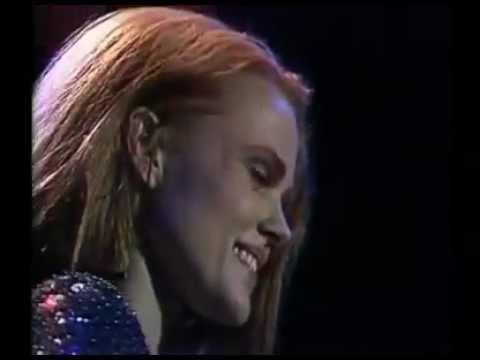 Belinda Carlisle - Runaway Live 1990 (Full Concert)