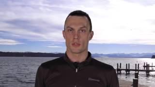 Влияние размера ноги на скорость плавания брассом.