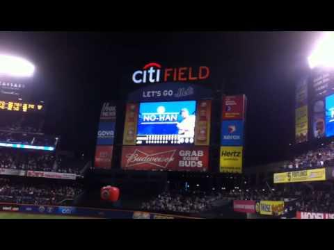 Johan Santana Throws Mets First No Hitter