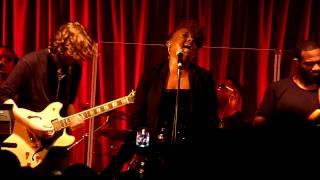 Ledisi - Hate me - Live at Bush Hall London 2011