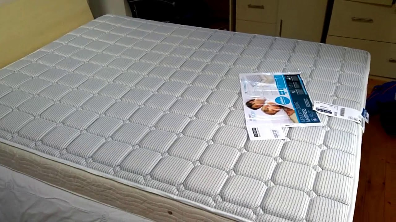 Matras King Size : Двуспальный надувной матрас intex classic downy bed king