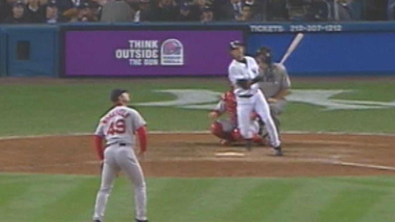 New York Yankees rally past Chicago Cubs on Brett Gardner's 3-run HR in ninth