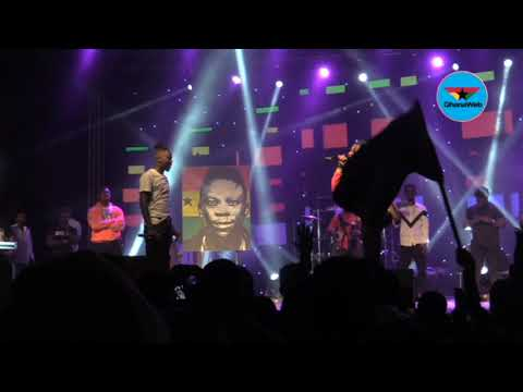 Stonebwoy and 'godfather' Samini perform at Independence Concert