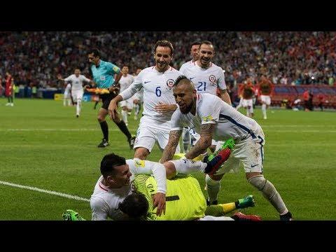 ¡Tremendo! Estas son las tres notables tapadas de Claudio Bravo | Copa Confederaciones Rusia 2017