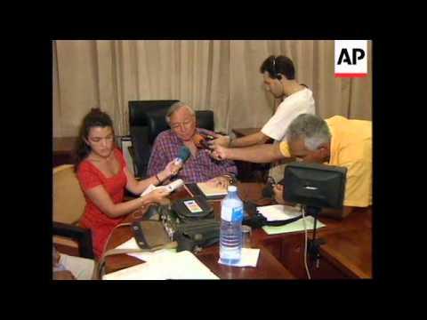TAHITI: FRENCH POLYNESIA PRESIDENT GASTON FLOSSE PRESS CONFERENCE